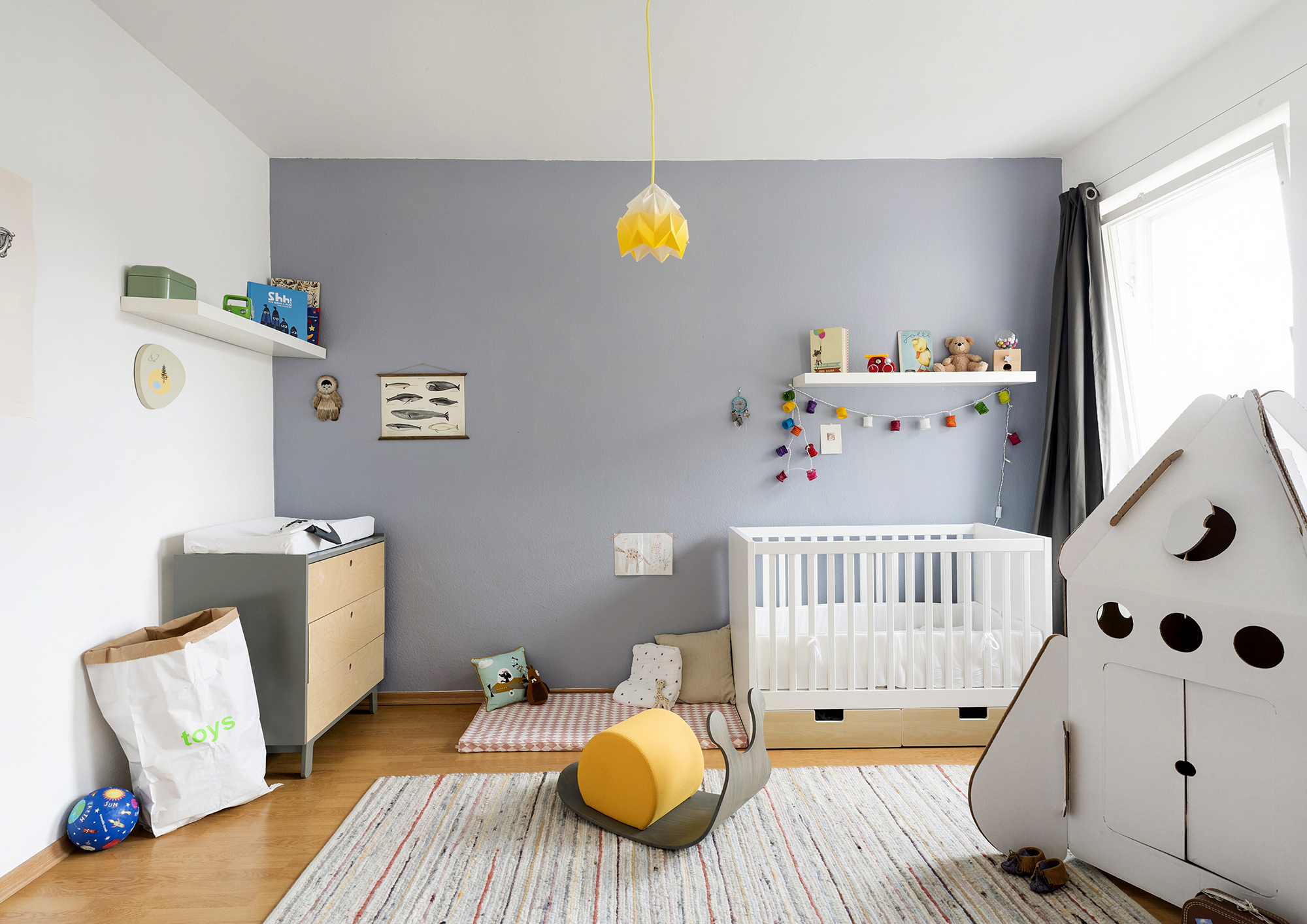 Junios neues kinderzimmer littleyears for Wandregal kinderzimmer ikea