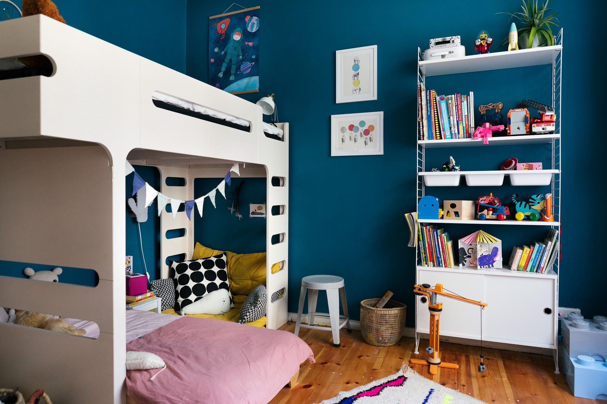 ein kleines zimmer f r zwei kinder littleyears. Black Bedroom Furniture Sets. Home Design Ideas