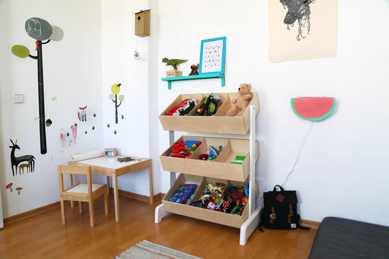 ein kleines kinderzimmer make over littleyears. Black Bedroom Furniture Sets. Home Design Ideas