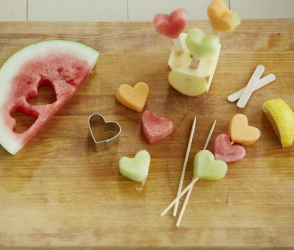 handmade 2015 valentine heart shape fruit kebabs with cookie cutter - valentine party treats-f35599